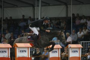 Adventure RV (Indorado x Amethist) Internatonal CSI** 1.40m with rider Robert Vos.